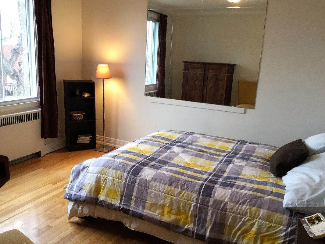 Appartement meubl 3 chambres c te des neiges m tro for Chambre colocation montreal